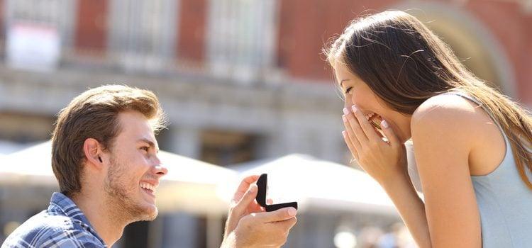Muchas parejas optan por saltarse el matrimonio y crear una familia directamente
