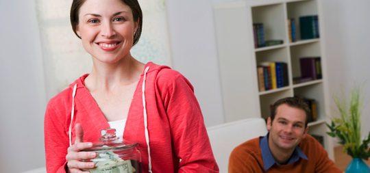 Claves para manejar el dinero en pareja, ser sinceros y compartir