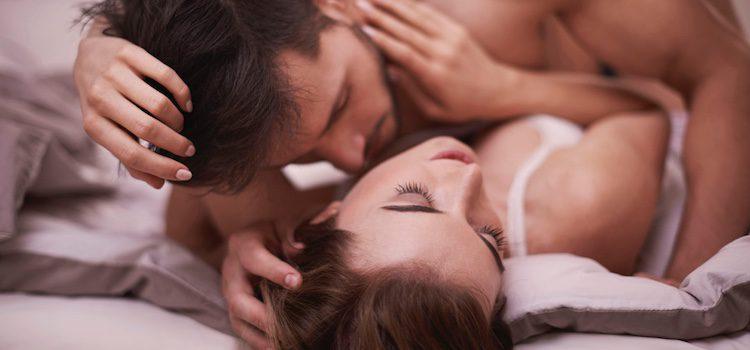 Si es la primera vez que hacéis el amor, es posible que te cueste alcanzar el orgasmo