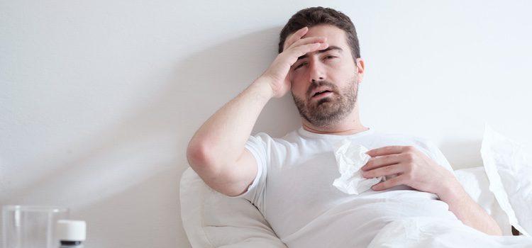Uno de los primeros síntomas de padecer hepatitis es el cansancio