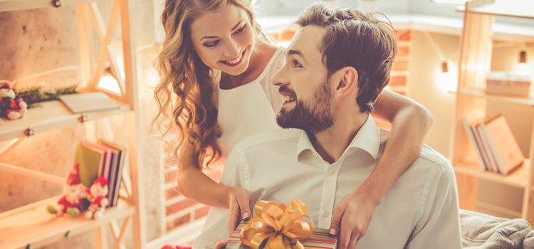 La Navidad es el momento ideal para tener un detalle con tu pareja