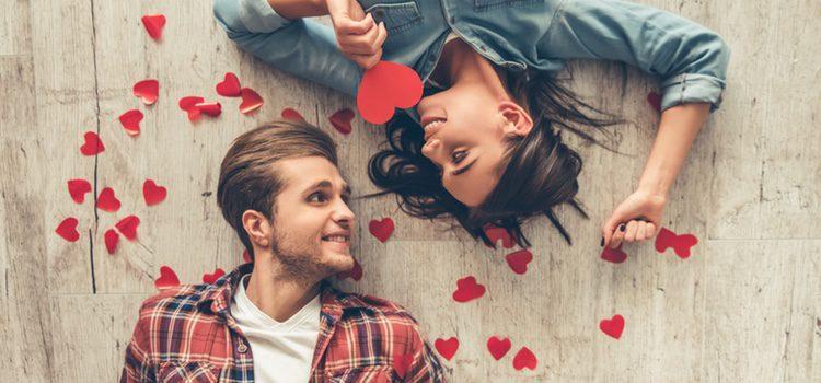 Si te cuesta decirle a tu pareja lo que sientes, prueba a hacerlo a través de una carta