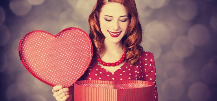Si vuestra relación se basa en las risas, prueba a escribirle a tu pareja una carta de amor divertido