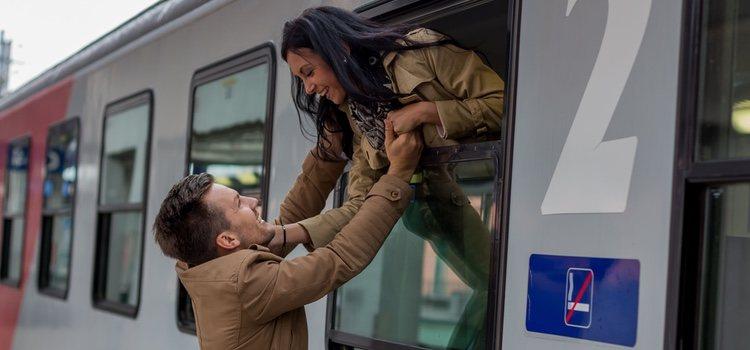 La distancia puede suponer un incentivo que aumente la pasión en la pareja