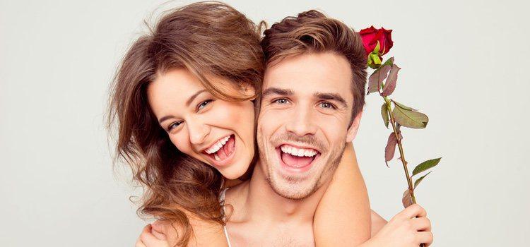 Es aconsejable dedicar un día o unas horas a la semana en realizar actividades originales con tu pareja para evitar caer en la monotonía.