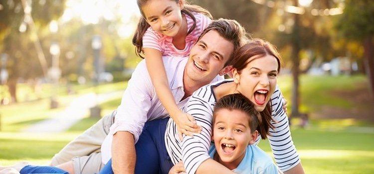 Muchos padres quieren darle a su hijo alguien con quién jugar