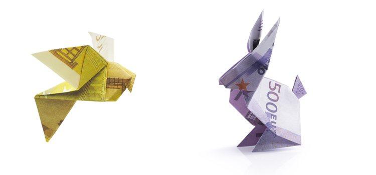 Puede presentar el dinero con formas de origami