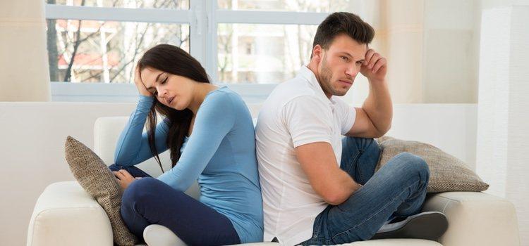La agresividad y pasividad hace que la relación desarrolle actitudes hostiles y perjuicios