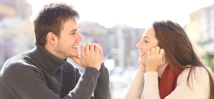 Cuando estés preparado, da el paso de salir de la aplicación queda con la persona en una cita