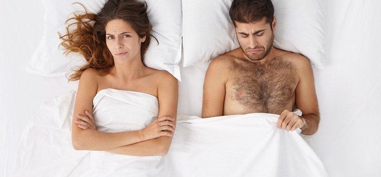 Lo que ocurre con la edad es que el nivel de testosterona de los hombres disminuye