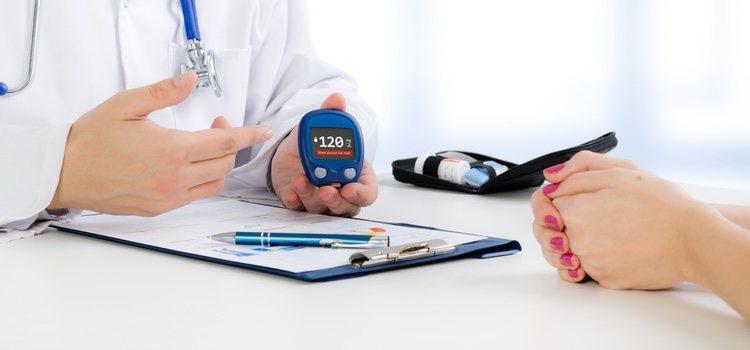 Es recomendable ir al médico para que compruebe si la disfunción eréctil se debe a la diabetes
