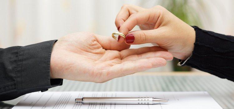 La separación es el cese de vida en pareja y el divorcio el proceso legal
