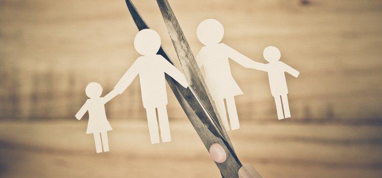 En el divorcio la custodia o repartición de bienes se debe tomar de mutuo acuerdo