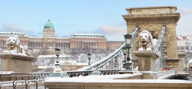 Budapest cuenta con espectaculares mercadillos navideños