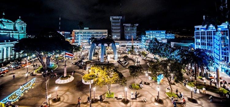 En Navidad tienen tradiciones como el Festival de la Luz
