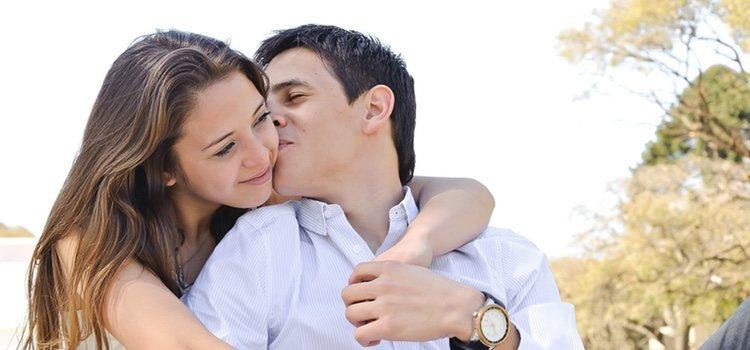 Si no estáis casados, tu familia tendrá preferencia sobre tu pareja