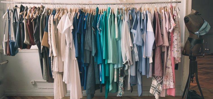 Si a tu chico/a le gusta la ropa vintage existen cientos de tiendas