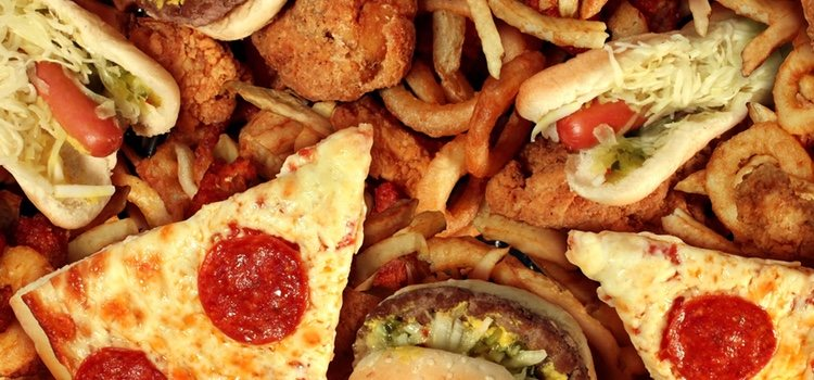 Consiste en ganar o ayudar a ganar peso a través de la ingesta descontrolada de alimentos