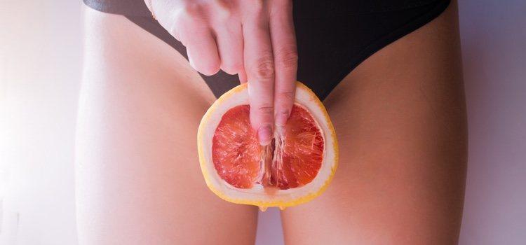 Puedes introducir un dedo en la vagina para localizar los músculos