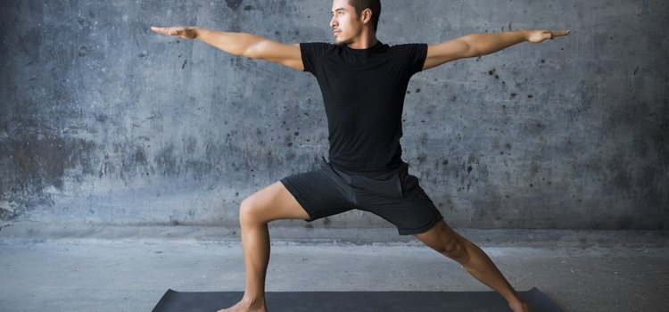 La disfunción eréctil se puede disminuir con ejercicios de yoga o de suelo pélvico