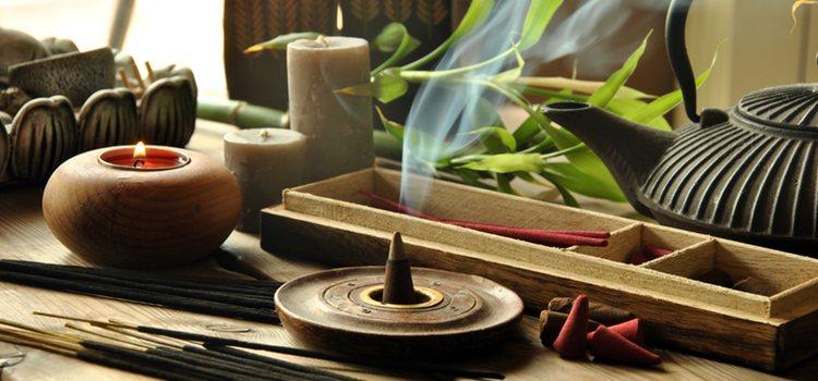 El entorno es fundamental. Una habitación con poca luz, olores, música...