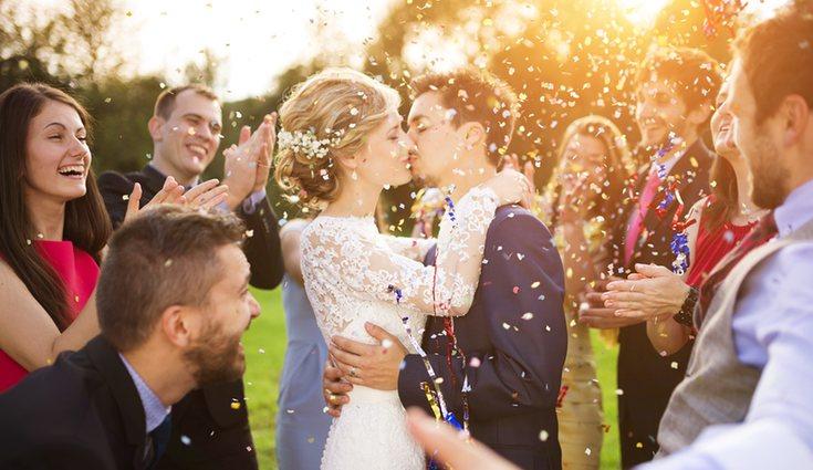 Los gastos en fotógrafo, catering, wedding planner o decorador también disminuyen con un menor número de invitados