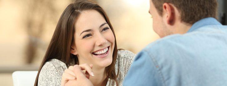 Cómo actuar en la primera cita: guía para chicas