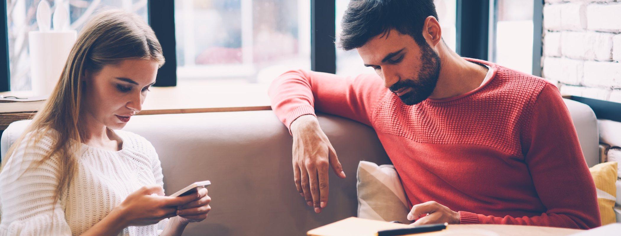 Qué evitar en la primera cita: guía para chicos