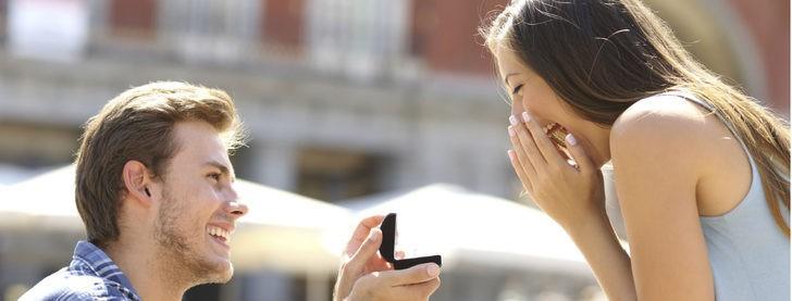 5 planes para sorprender a tu pareja con la pedida de mano más romántica