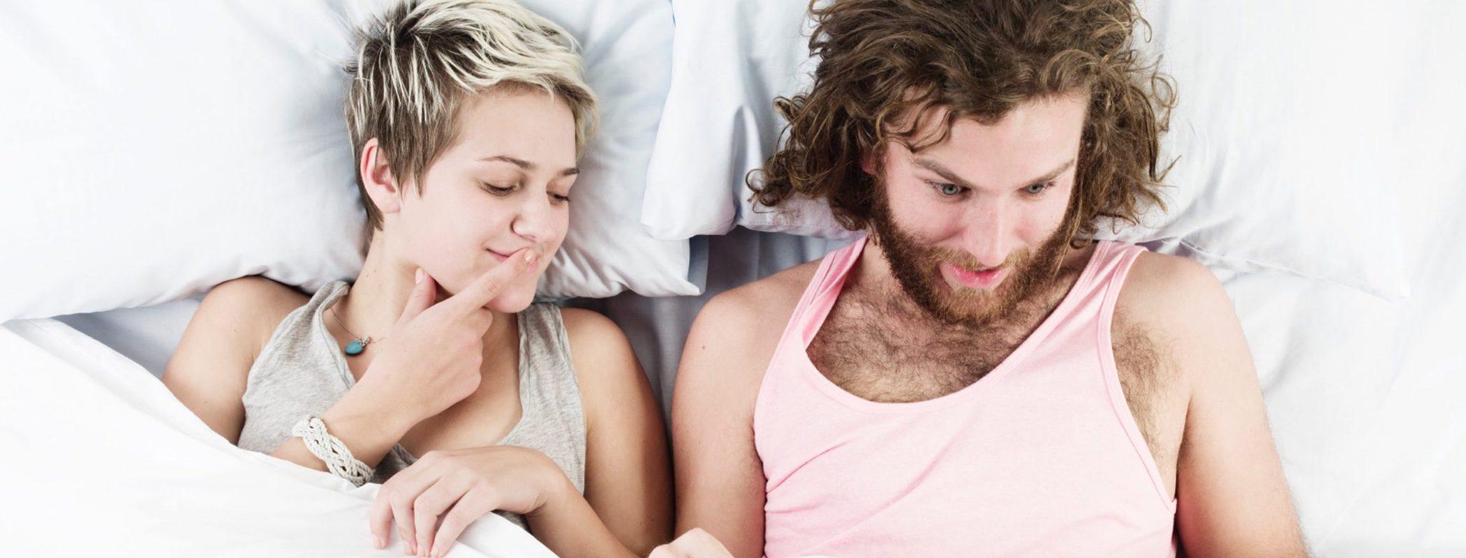 Soy joven y se me baja la erección: ¿Es por falta de deseo sexual?