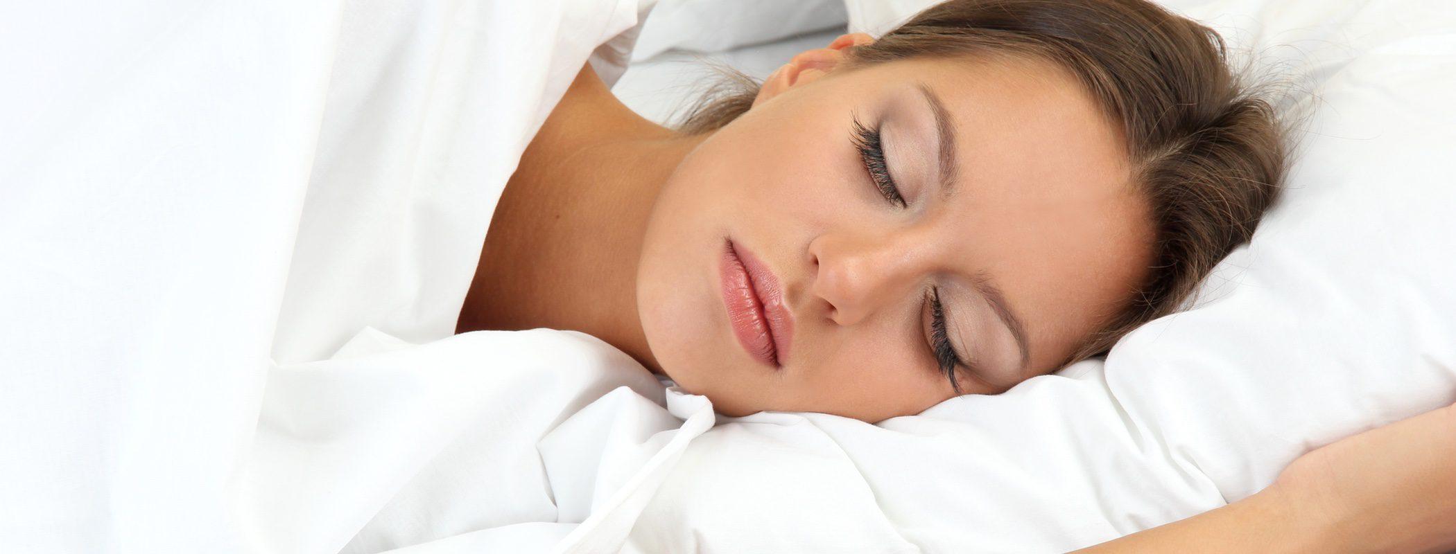 Descubre la somnofilia: excitación con las personas dormidas