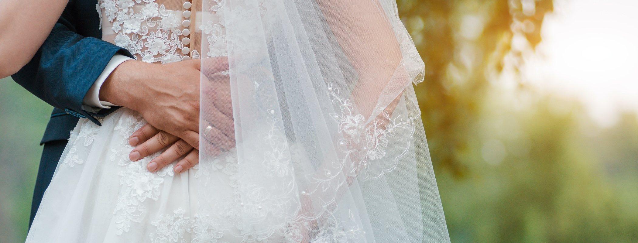 Guía para elegir entre separación de bienes o bienes gananciales en un matrimonio