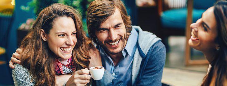 Cómo decirle a tus compañeros de piso que te vas a vivir con tu pareja
