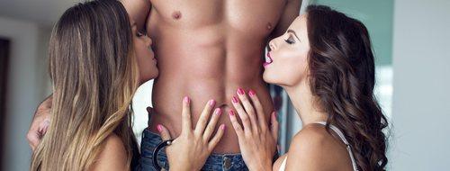 La postura sexual definitiva para hacer un trío: Los tres reyes magos