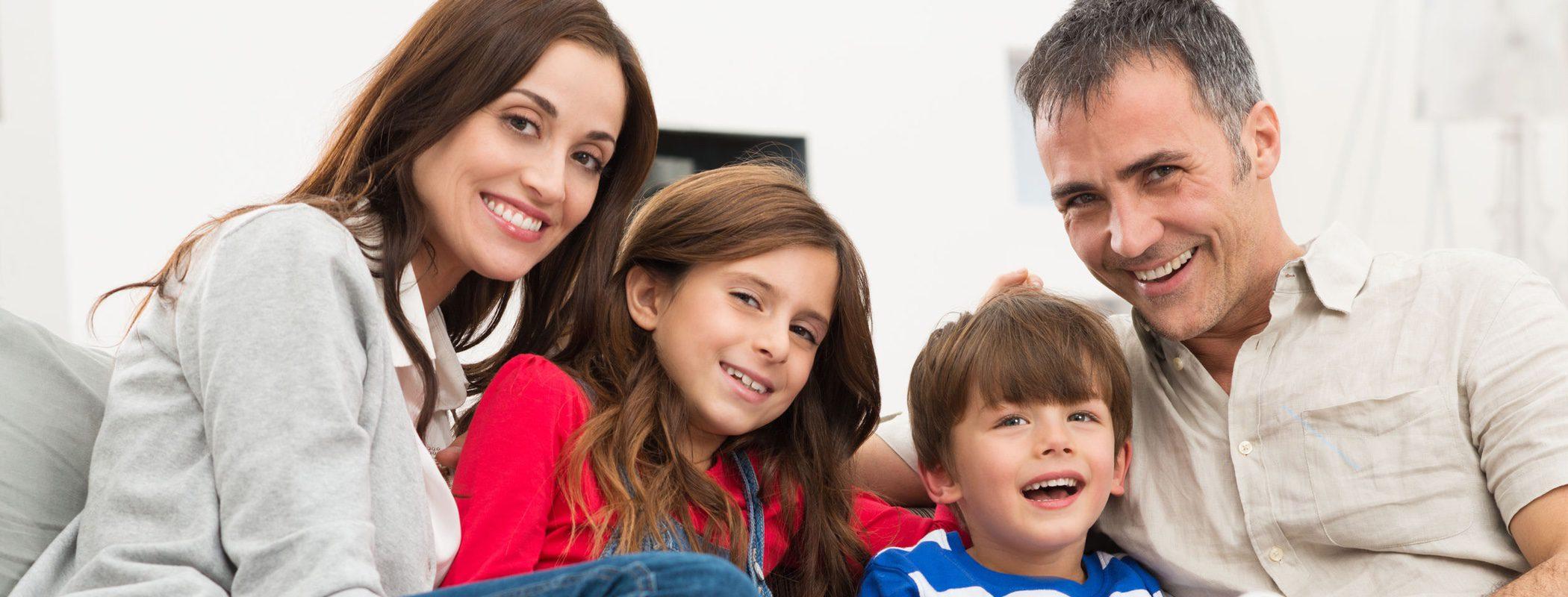 Frases que los padres dicen a sus hijas y no a sus hijos y que tú no deberías repetir