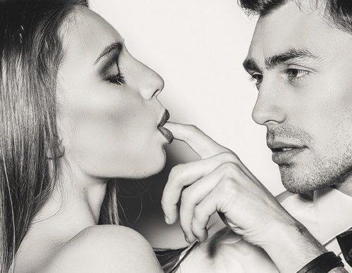 Cómo hacer las prácticas sexuales de 'Cincuenta sombras de Grey'