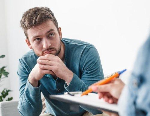 Enfermedad de Peyronie en el pene: Causas, síntomas y tratamiento