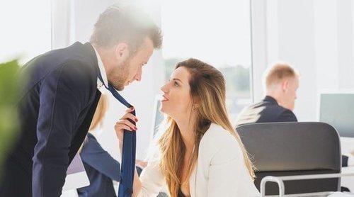 Relaciones sentimentales entre compañeros de trabajo: ¿Beneficios o problemas?