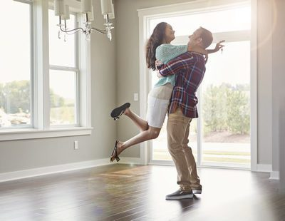 Relaciones de pareja: ¿Cuándo es el momento para irnos a vivir juntos?