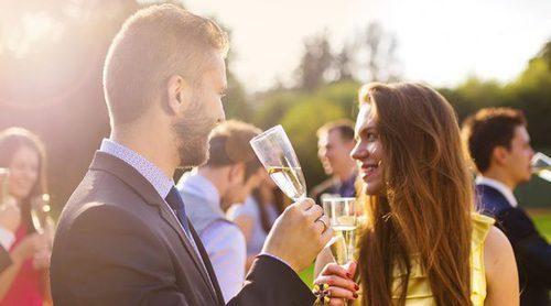 ¿Cuándo es el momento de llevar a tu pareja a una boda familiar?