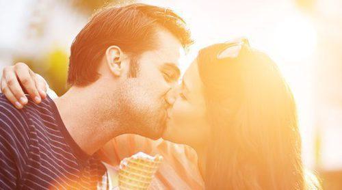 Cómo besar por primera vez