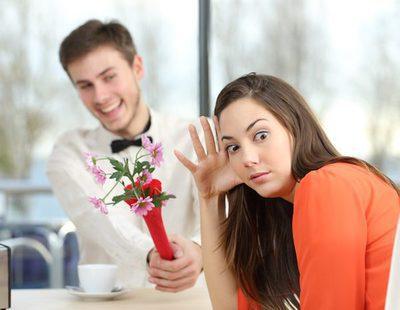 5 defectos tontos que le sacas a un hombre en la primera cita