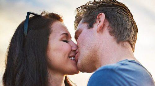 Tipos de besos para conquistar a tu pareja
