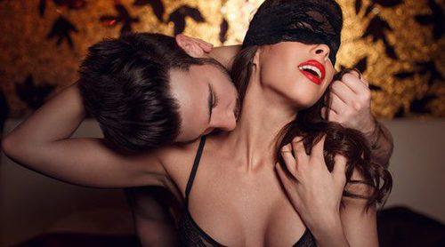 Celebra un San Valentín a lo 'Cincuenta sombras de Grey': posturas, pasión y BDSM consentido
