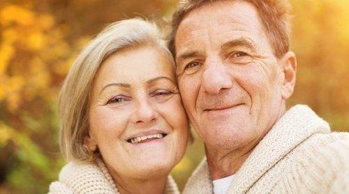 Trucos para ligar a partir de los 50: la madurez no es un inconveniente